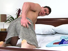 Brunette stud jerking off his love tool, Added: 2011-11-12, Duration: 1:10